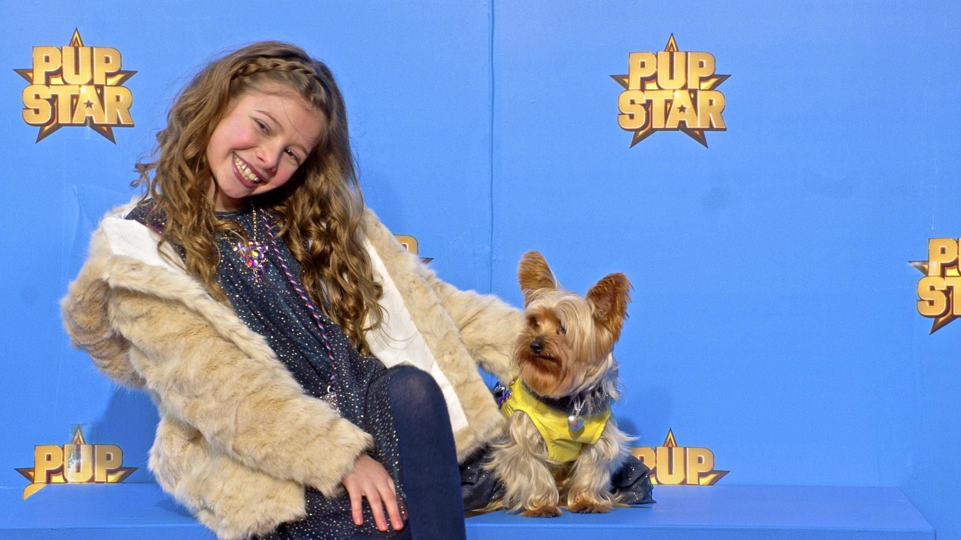 Makenzie Moss in Pup Star (2016)