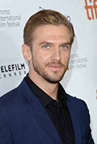 Primary photo for Dan Stevens