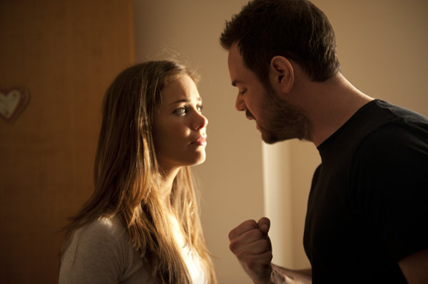 Danny Dyer and Roxanne McKee in Vendetta (2013)