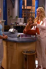 Jennie Garth, Amanda Bynes, and Leslie Grossman in What I Like About You (2002)