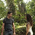Matthew Fox and Evangeline Lilly in Lost (2004)