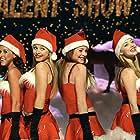 Lacey Chabert, Lindsay Lohan, Rachel McAdams, and Amanda Seyfried in Mean Girls (2004)