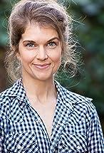 Laura Walker's primary photo