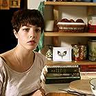 Olivia Thirlby in Nobody Walks (2012)