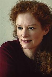 Primary photo for Lisa Pelikan
