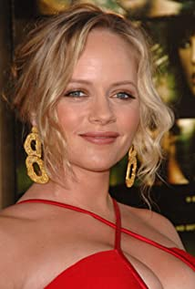 Marley Shelton Picture