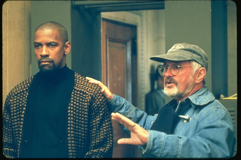 Denzel Washington on the set with director Norman Jewison