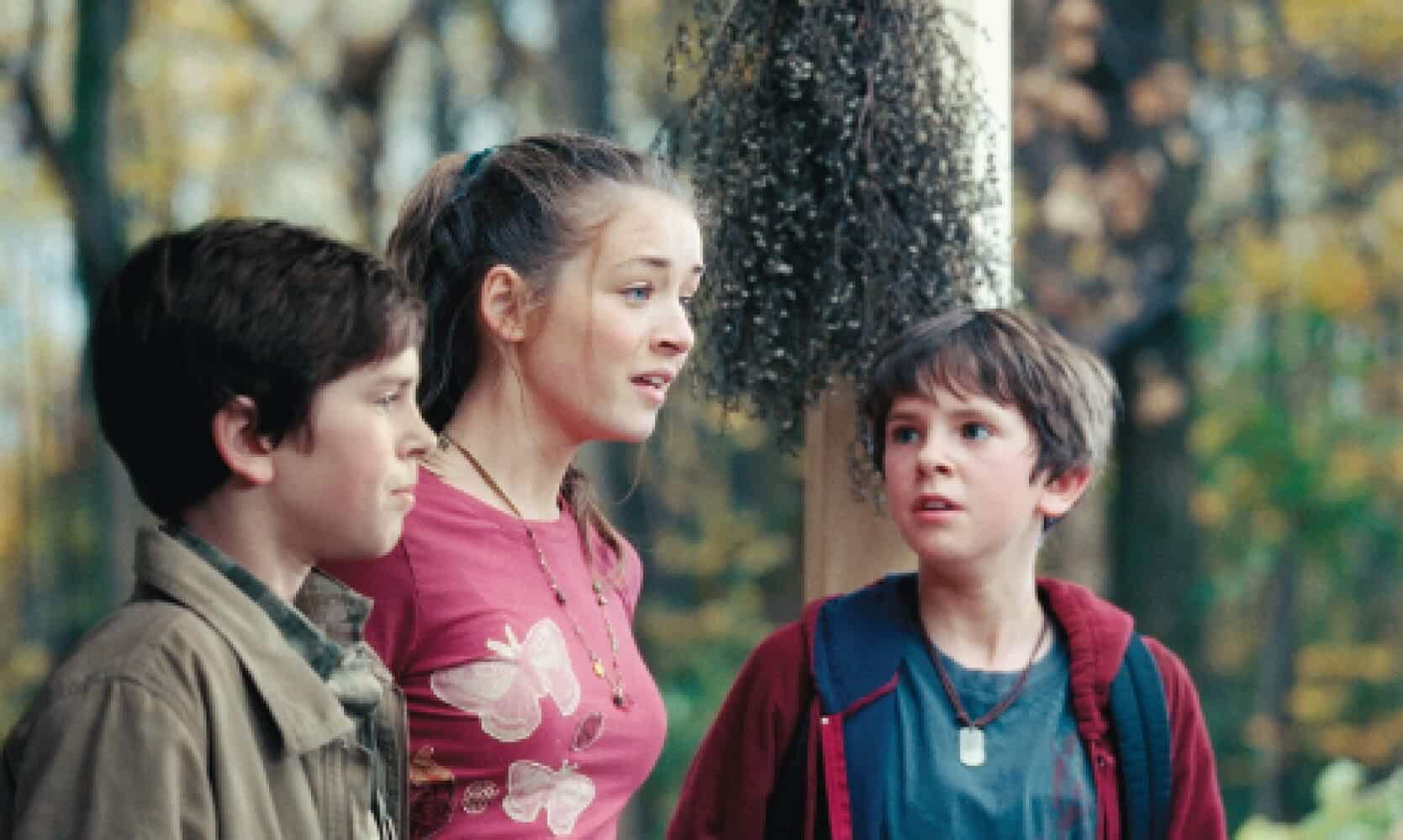 Sarah Bolger and Freddie Highmore in The Spiderwick Chronicles (2008)