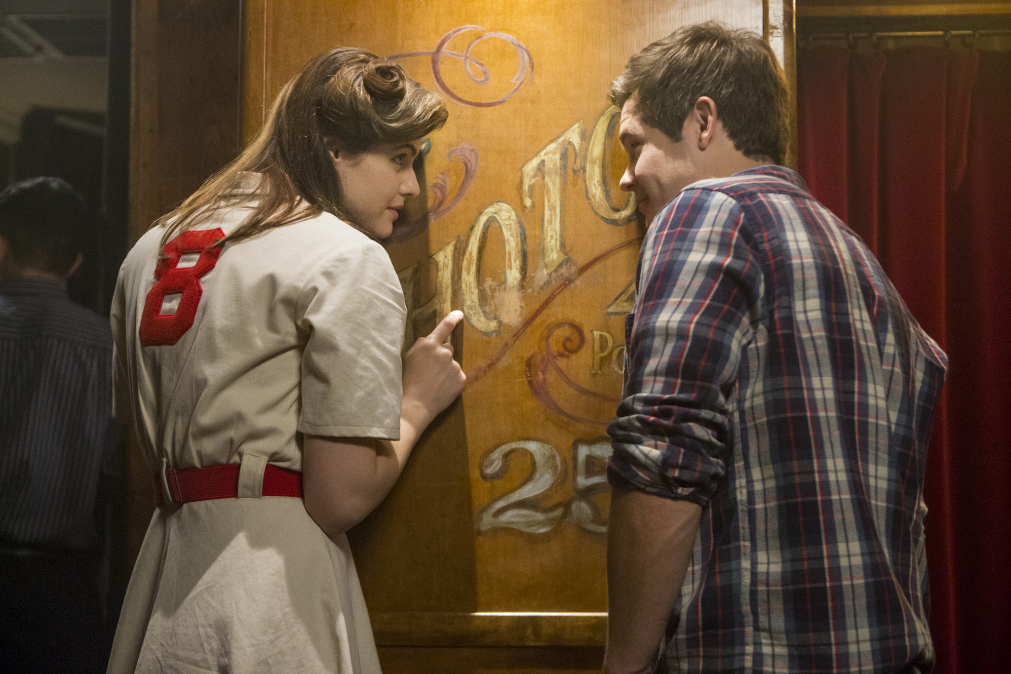 Alexandra Daddario and Adam Devine in When We First Met (2018)