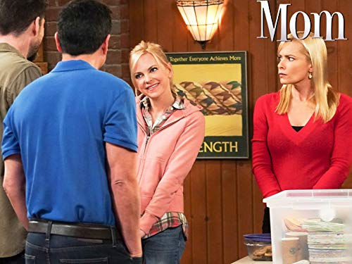 Jaime Pressly and Anna Faris in Mom (2013)