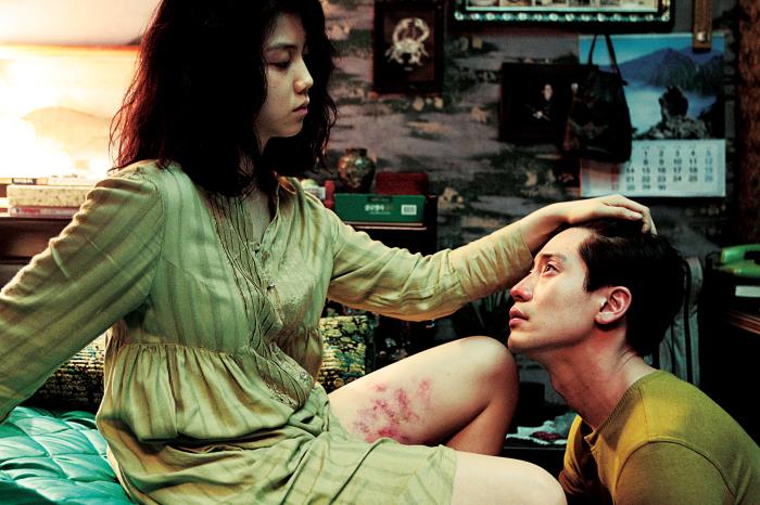Ha-kyun Shin and Ok-bin Kim in Bakjwi (2009)