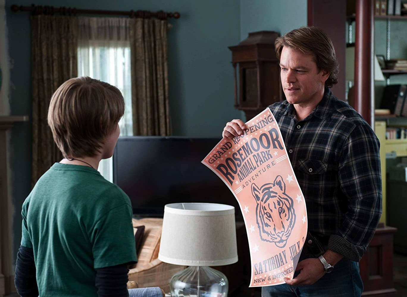 Matt Damon and Colin Ford in We Bought a Zoo (2011)
