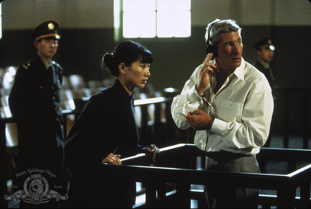 Richard Gere and Bai Ling in Red Corner (1997)
