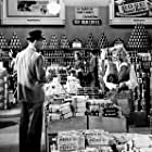 """""""Double Indemnity"""" Fred MacMurray, Barbara Stanwyck 1944 Paramount / MPTV"""