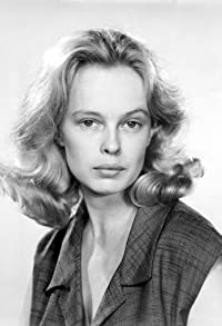 Primary photo for Sandy Dennis