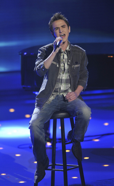 Aaron Kelly in American Idol: The Search for a Superstar (2002)