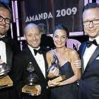 Aksel Hennie, Joachim Rønning, Espen Sandberg, and Agnes Kittelsen in Max Manus (2008)