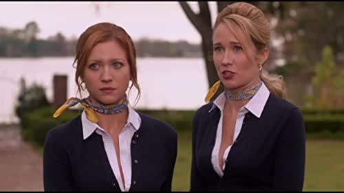 """Chloe Tells The Bellas That She Has Nodes"""
