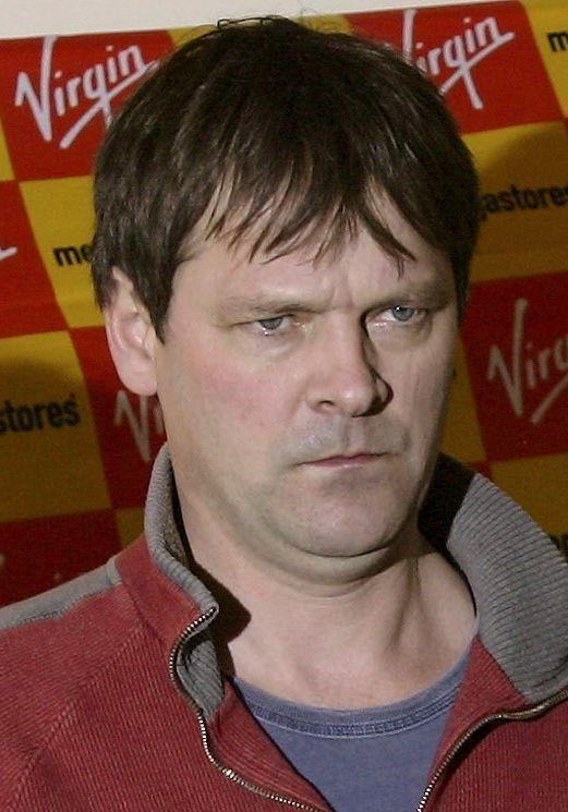 Mark Heap the world's end