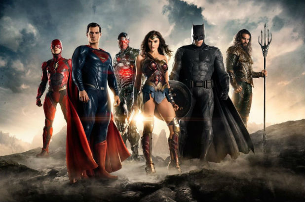 Ben Affleck, Henry Cavill, Jason Momoa, Gal Gadot, Ezra Miller, and Ray Fisher in Justice League (2017)