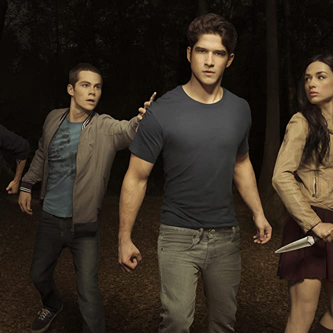 Tyler Hoechlin, Tyler Posey, Holland Roden, Colton Haynes, Crystal Reed, and Dylan O'Brien in Teen Wolf (2011)