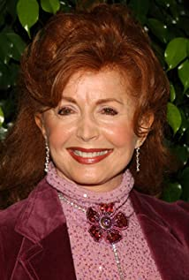 Suzanne Rogers Picture