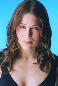 Primary photo for Lara Kelly