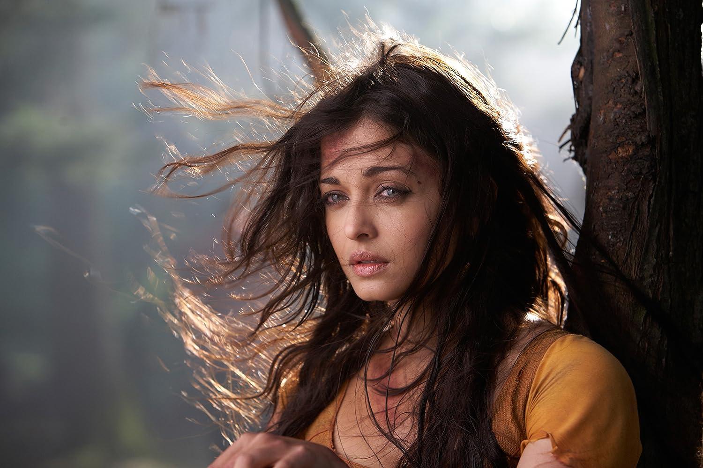 Aishwarya Rai Bachchan in Raavan (2010)