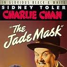 Mantan Moreland and Sidney Toler in The Jade Mask (1945)