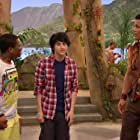 Mitchel Musso, Larramie Doc Shaw, and Geno Segers in Pair of Kings (2010)