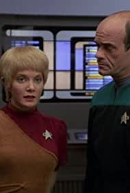 Jennifer Lien and Robert Picardo in Star Trek: Voyager (1995)