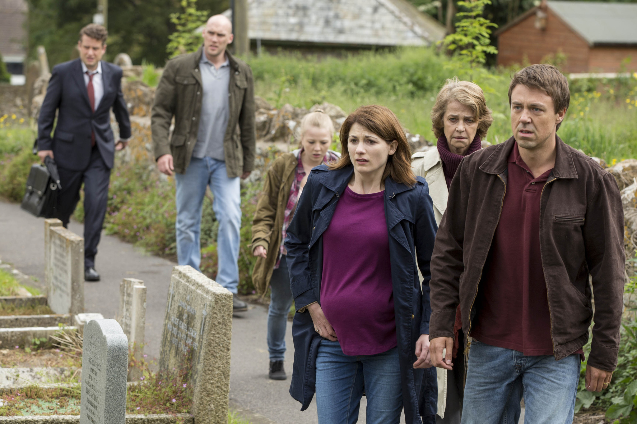 Charlotte Rampling, Joe Sims, William Andrews, Jodie Whittaker, Andrew Buchan, and Charlotte Beaumont in Broadchurch (2013)