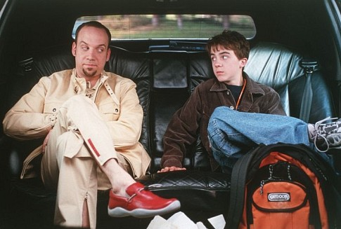 Frankie Muniz and Paul Giamatti in Big Fat Liar (2002)