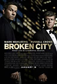 Russell Crowe and Mark Wahlberg in Broken City (2013)