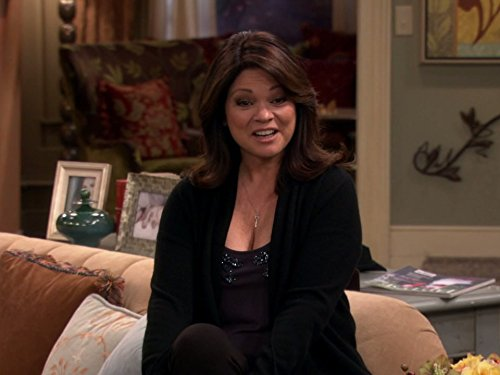 Hot In Cleveland Auction Heroes Tv Episode 2014 Imdb