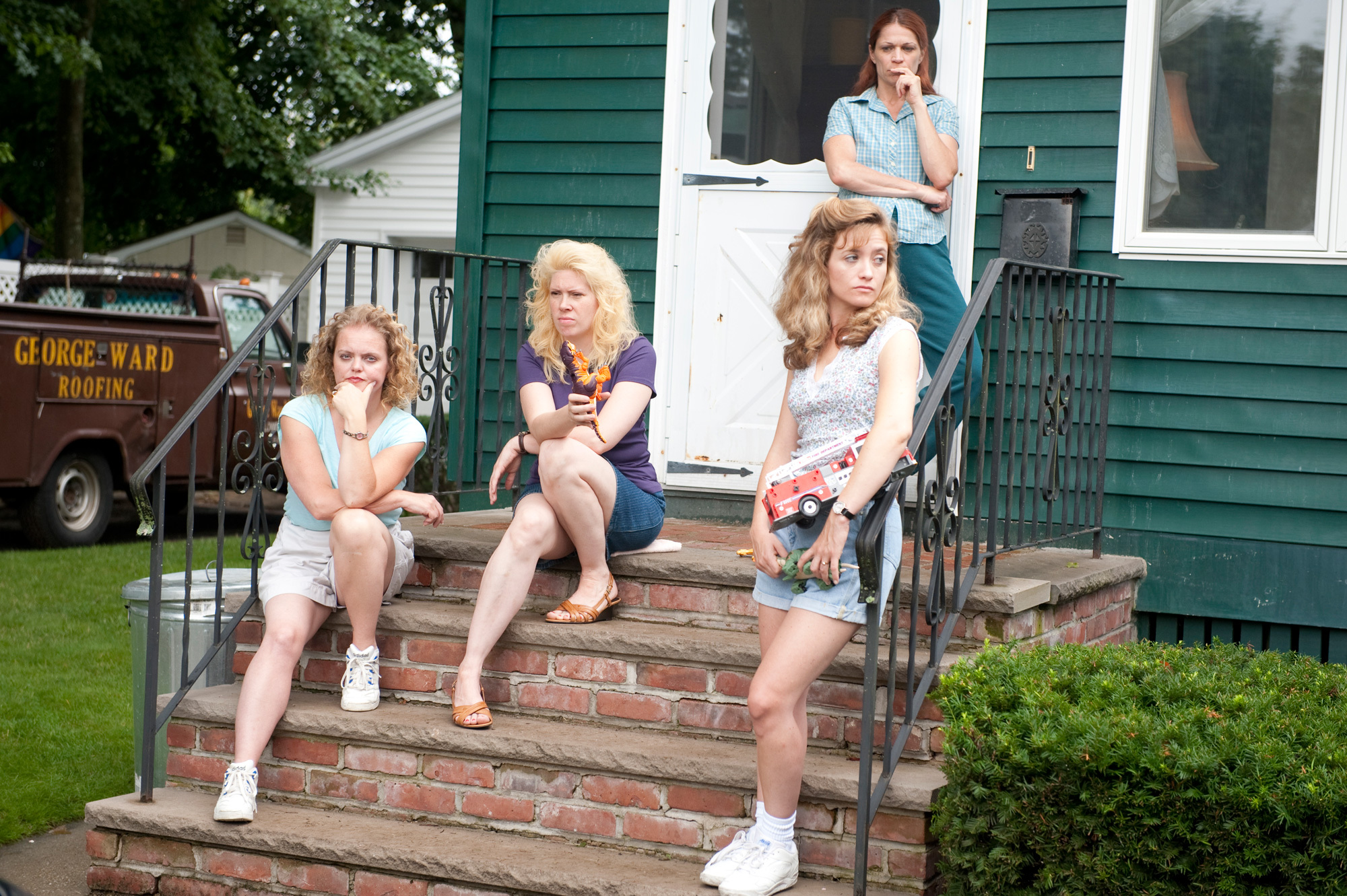 Bianca Hunter, Jenna Lamia, Dendrie Taylor, and Melissa McMeekin in The Fighter (2010)