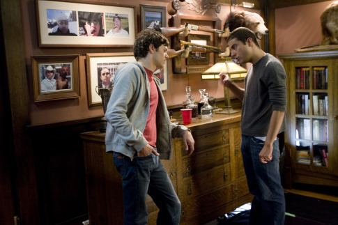 Adam Brody and Jonathan Kasdan in In the Land of Women (2007)