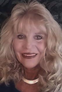 Roxanne V. Hennig Picture