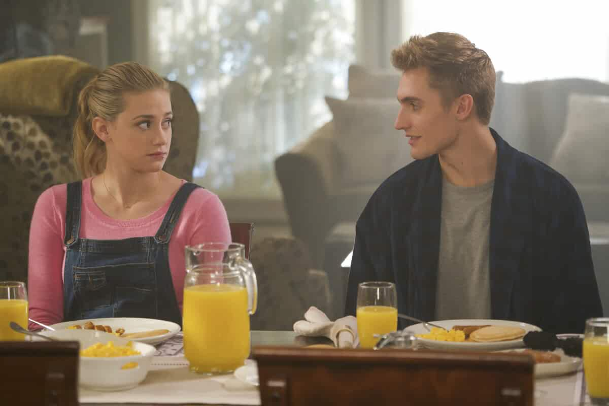 Lili Reinhart and Hart Denton in Riverdale (2017)