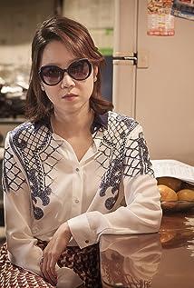 Hyo-Jin Kong Picture