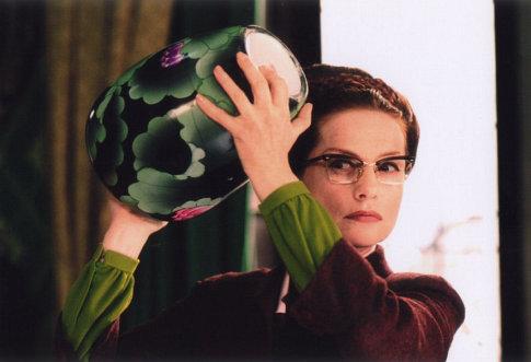 Isabelle Huppert in 8 femmes (2002)