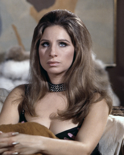 Barbra Streisand in The Owl and the Pussycat (1970)