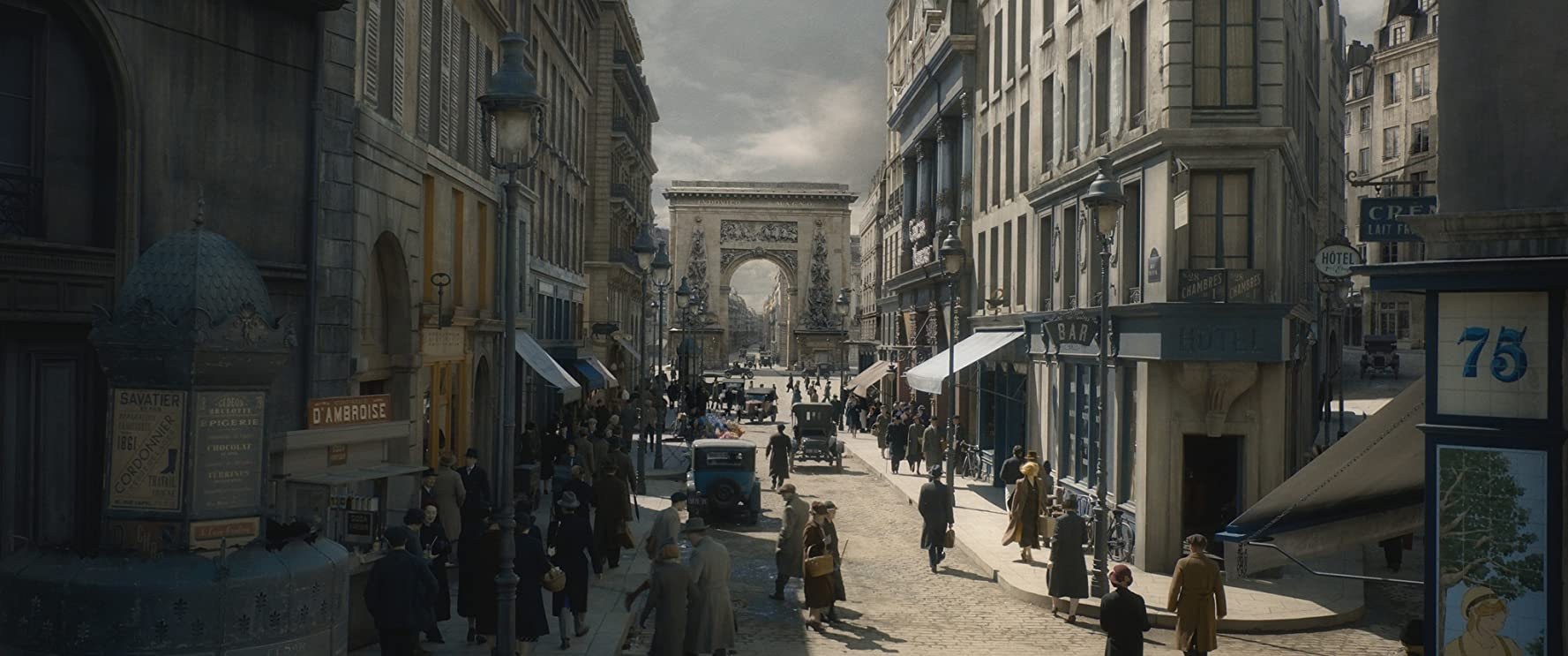 Resultado de imagem para fantastic beasts the crimes of grindelwald paris