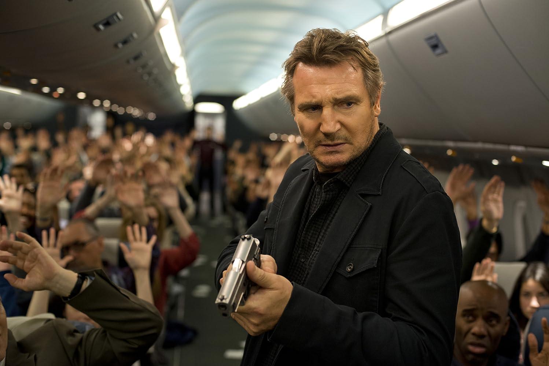 Liam Neeson dalam film Non-Stop.