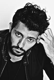 Maksim Al-Names Picture