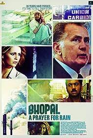Martin Sheen, Mischa Barton, and Kal Penn in Bhopal: A Prayer for Rain (2014)