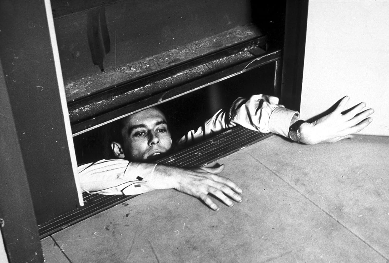 Maurice Ronet in Ascenseur pour l'échafaud (1958)