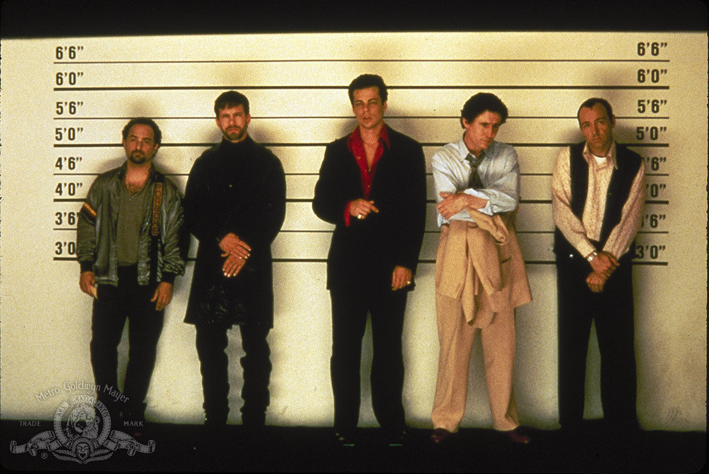 Kevin Spacey, Stephen Baldwin, Gabriel Byrne, Benicio Del Toro, and Kevin Pollak in The Usual Suspects (1995)
