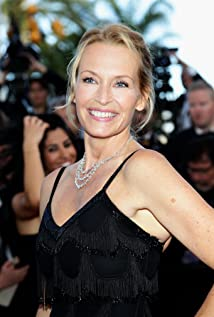 Estelle Lefébure Picture