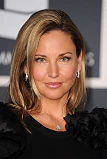 Jill Goodacre Picture